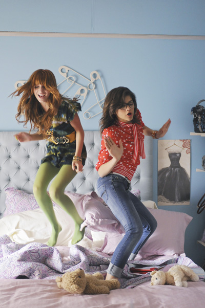 "Check Out Bella and Zendaya's ""Something To Dance For/TTYLXOX (Mash Up)""!"
