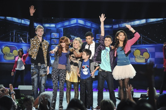 Shake It Up: Season 3 is a Go! But OH, NO!
