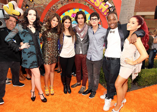 These Victorious Castmates are Still Friends