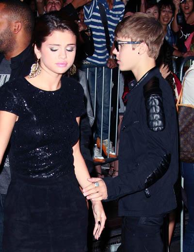 Justin and Selena: SPLIT