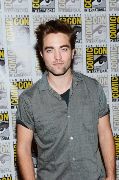 "Robert Pattinson: ""I Believe in Soul Mates!"""