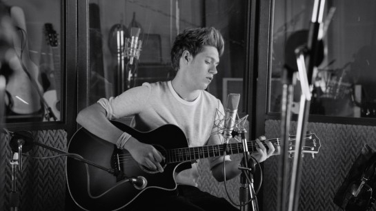 "Niall Dishes on ""Little Things"" Vid!"