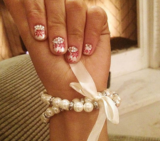 Nifty Nail Art: Ariana's Holiday Nails!