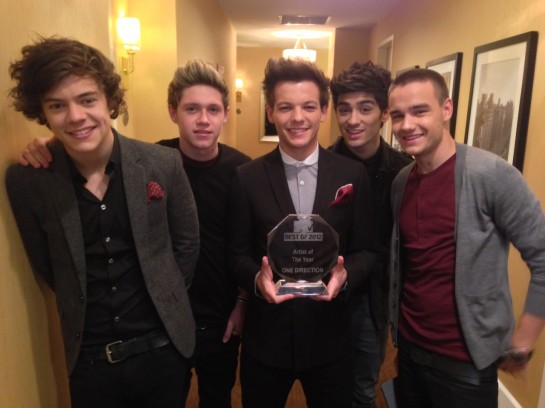 One Direction: MTV's Artist of the Year!