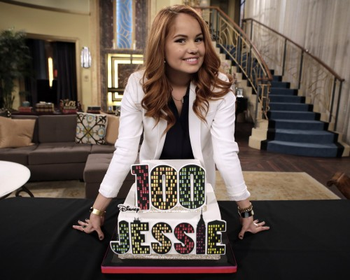 Congrats Jessie Tapes Their 100th Episode Tigerbeat