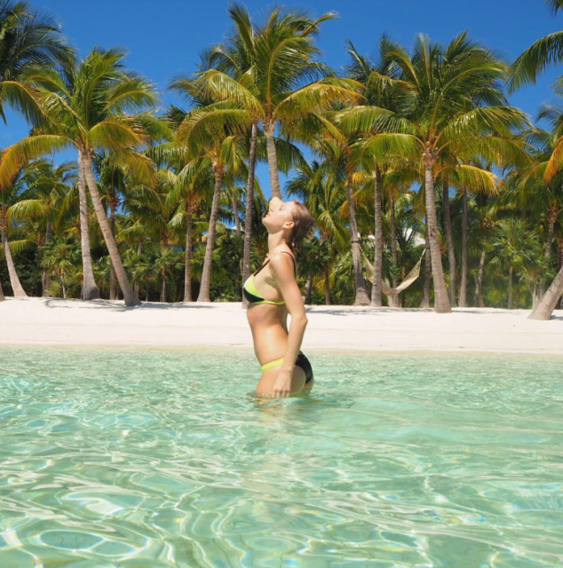 Taylor Swift & Calvin Harris' Vacation is Spring Break Goals