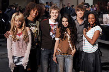Will Vanessa Hudgens Star In 'High School Musical 4?'