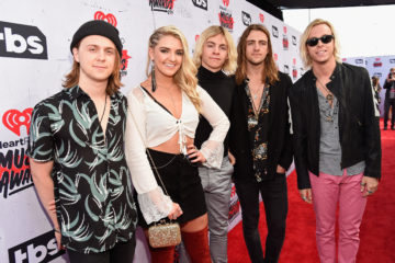 Quiz: Finish the Lyric – 'Hurts Good' by R5