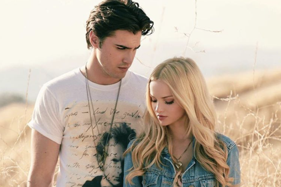 who is dove cameron currently dating