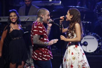 Ariana Grande Goes on a Date With Mac Miller!