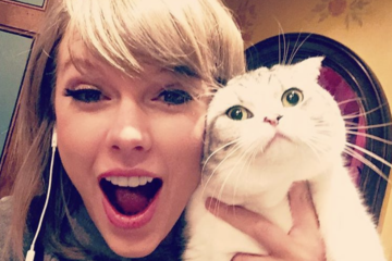 The 8 Celebs Who Are Obsessed With Their Pets