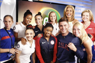 Zac Efron Wants to Get Pizza With the #FinalFive!