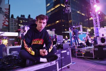 6 Times Troye Sivan Flawlessly Covered Other Artists