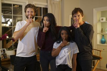 Simone Biles Stops by the 'Pretty Little Liars' Set