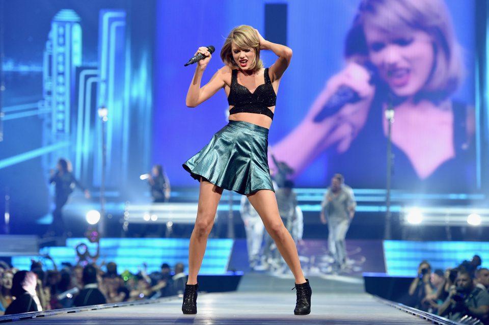 Taylor Swift's New Single Broke MAJOR Streaming Records!