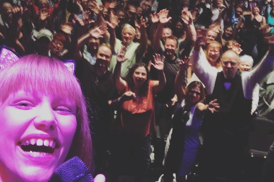 Grace VanderWaal Crushes Her First Las Vegas Show!