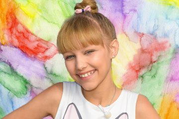 Grace VanderWaal Just Wrote a Song With Your Favorite Artist!