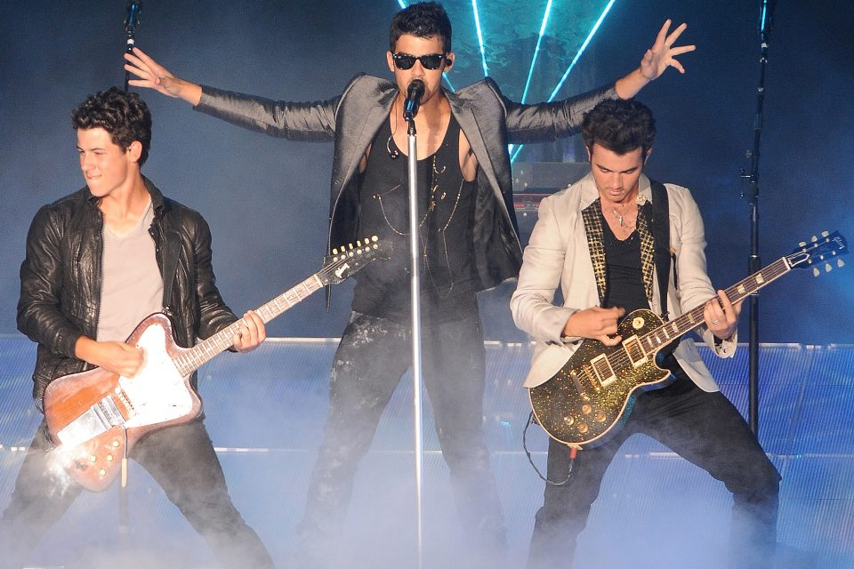 The Best Jonas Brothers Performances To Celebrate Their 10 Year Anniversary