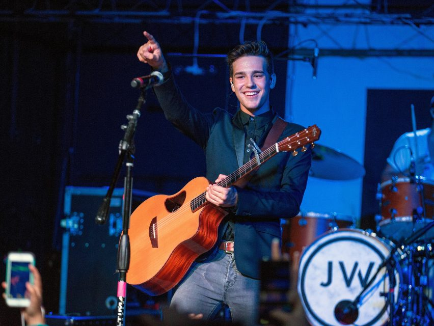Jacob Whitesides' Most LOL-Worthy Tweets