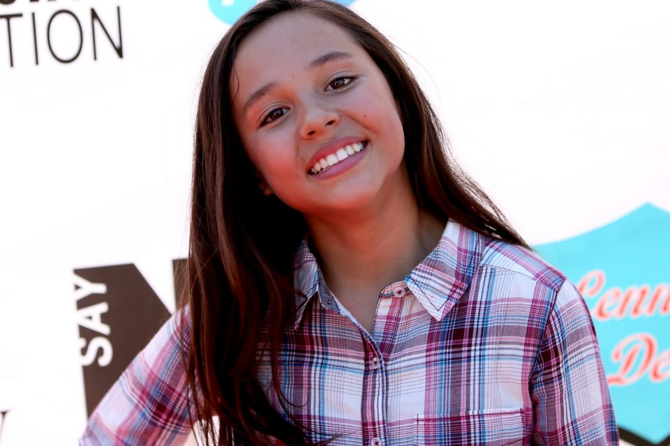 Watch breanna yde flawlessly cover an ed sheeran song tigerbeat watch breanna yde flawlessly cover an ed sheeran song thecheapjerseys Images