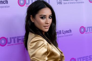 Shay Mitchell's New Haircut