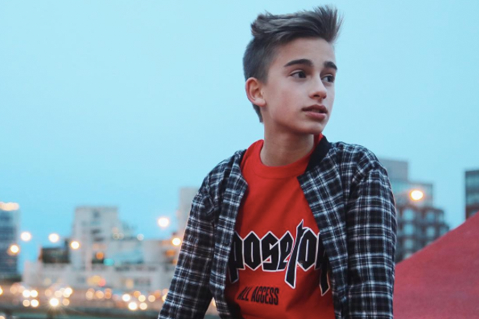 Johnny Orlando Covers Your Favorite Justin Bieber Song
