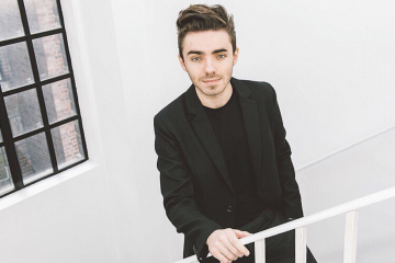 Nathan Sykes Performs 'Secret Love Song' With Little Mix