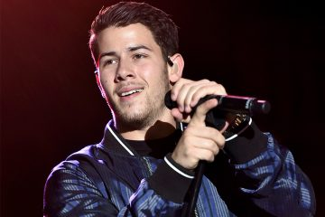 Nick Jonas Shares a Hot Selfie From the 'Jumanji' Set!