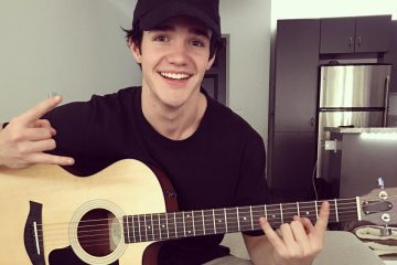 Aaron Carpenter Covers Harry Styles 'Sign of the Times'