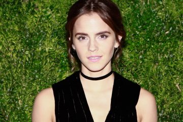Emma Watson is a Bona Fide Princess at London Screening of 'Beauty and the Beast'