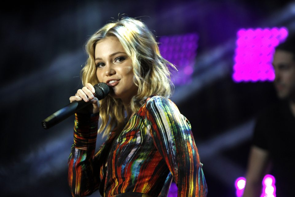 Olivia Holt Slays Her Performance of 'History'