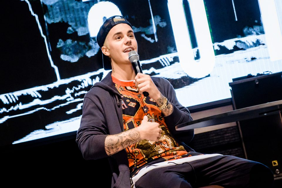 Justin Bieber's Smoldering New Selfie Will Make Your Day