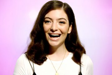 Lorde Sings How Much She Loves Creme Eggs