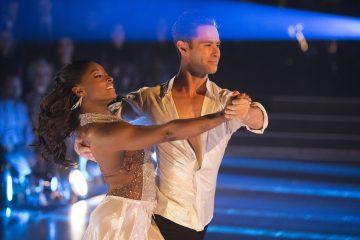 Watch Simone Biles' Fiery Cha Cha On 'Dancing With the Stars'