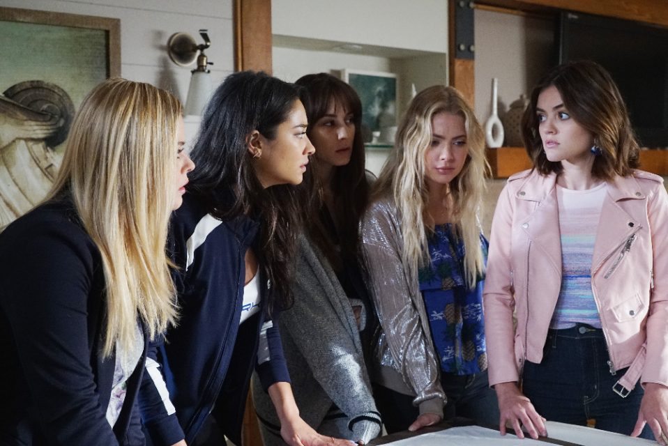 'Pretty Little Liars' Producer Marlene King Drops a BOMBSHELL About the Series Finale!