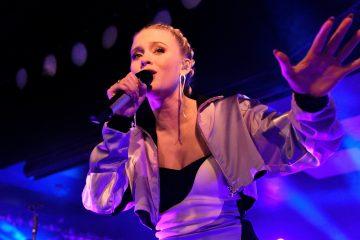 Zara Larsson Performs 'Symphony' On 'The Tonight Show'
