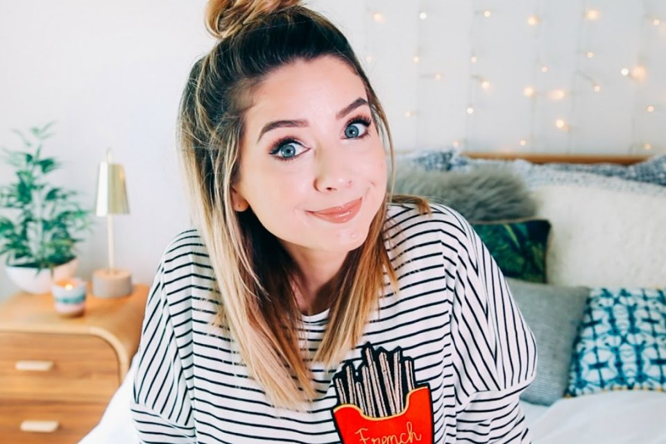 Zoella Finds the 'Funniest Photo That's Ever Existed' | TigerBeat