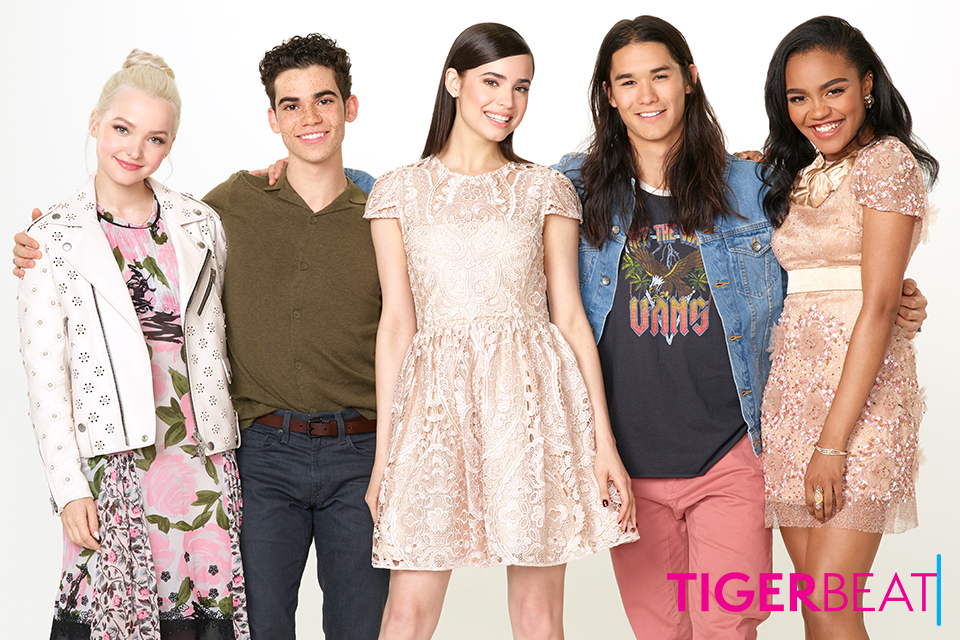 The 'Descendants 2' Cast Takes Over Disneyland! | TigerBeat