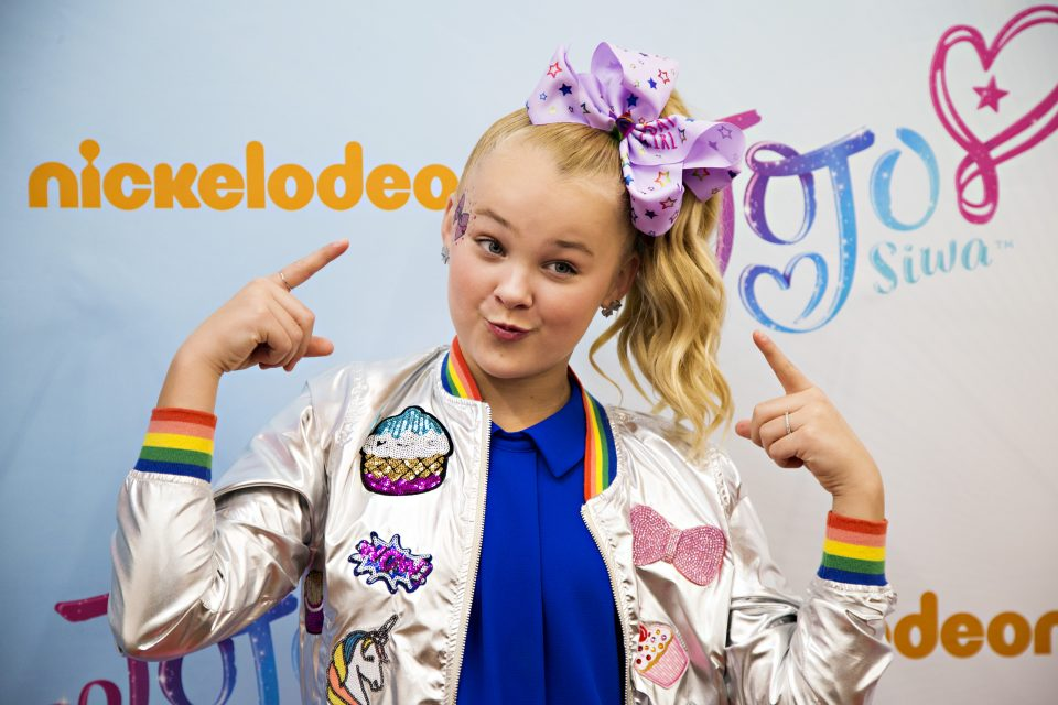 JoJo Siwa Unboxes Her Brand New iPhone X