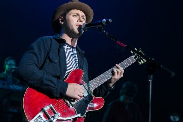 Did Niall Horan Just Tease His Debut Album Cover?