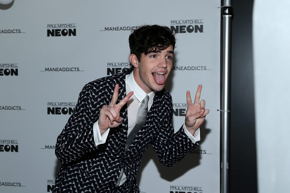 """This is What Aaron Carpenter's """"Happy Place"""" Looks Like"""