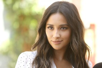 Shay Mitchell Dishes On Her New TV Series!