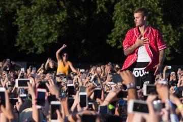Justin Bieber's Manager Pens Thoughtful Letter to Disappointed Fans