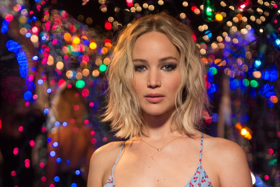 This is Why Jennifer Lawrence Won't Take Selfies With Fans