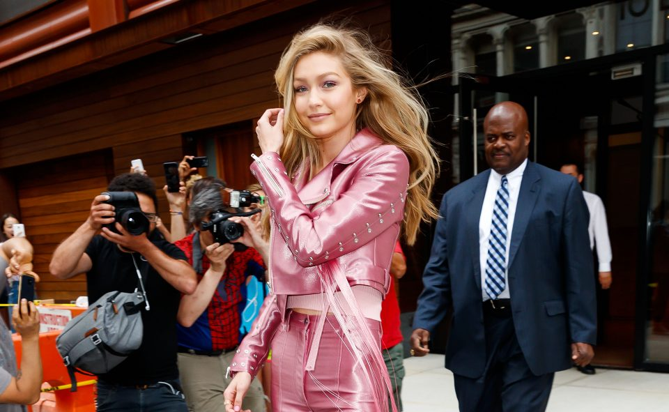 Gigi Hadid Lost a Shoe On the Runway, Still Walks Like a Pro!