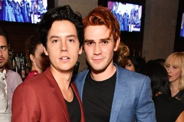 Behind-the-Scenes of Riverdale with KJ Apa and Cole Sprouse