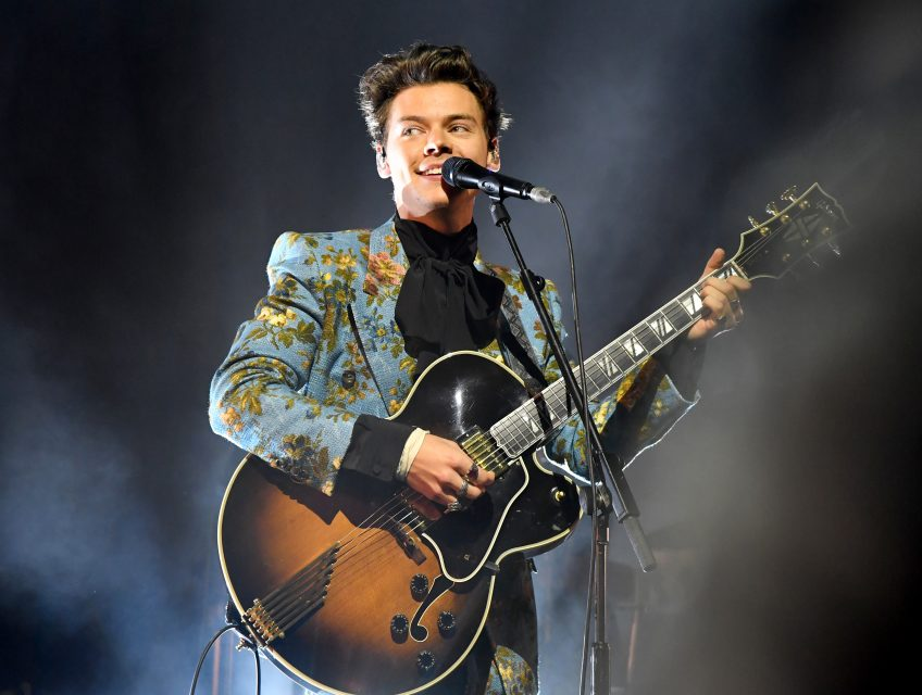 Harry Styles Thanks Fans and Crew After Final Solo Tour Stop