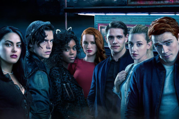 Riverdale's Costume Designer Reveals Retro Looks From a Cut Scene
