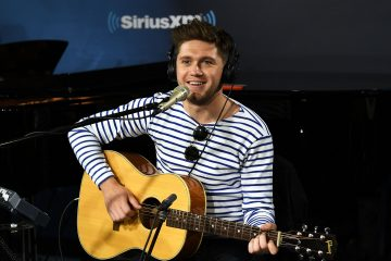 Niall Horan Drops an Acoustic Video for 'On the Loose'