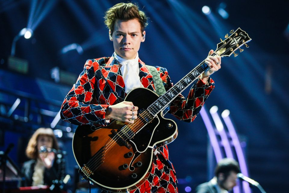 Harry Styles Shares Photos from his Worldwide Tour